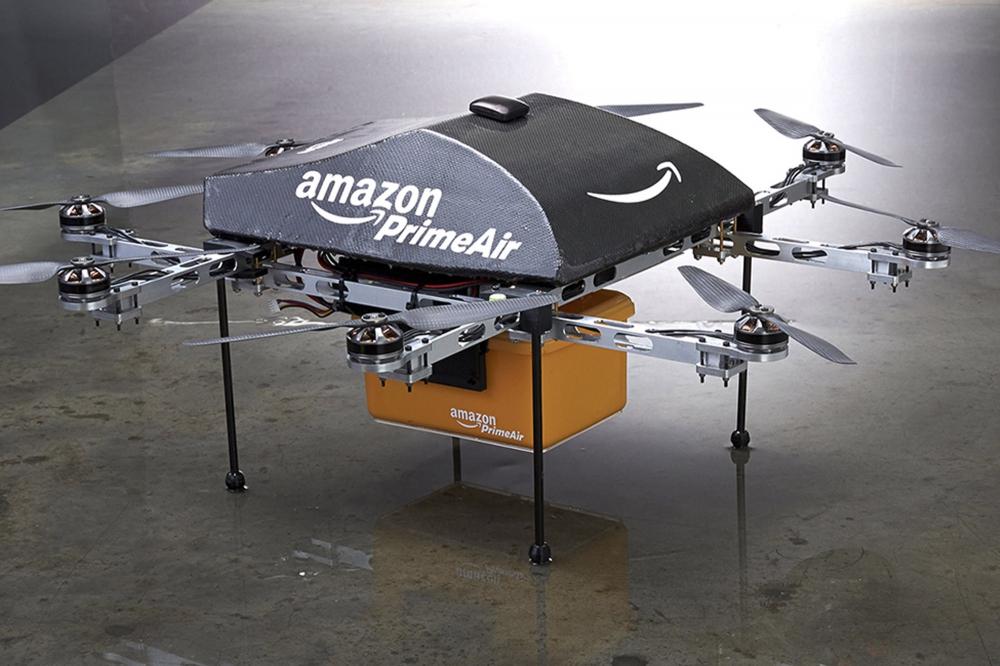 Leszállította első csomagját az Amazon drónja